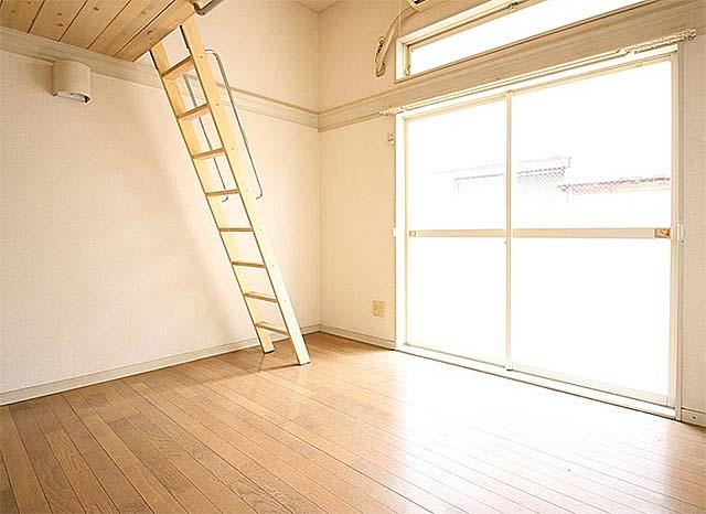 売りアパート 2,490万円