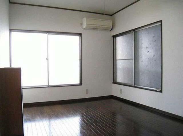 売りアパート 2,390万円