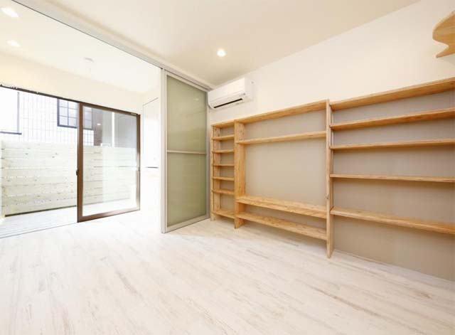 売りアパート 17,600万円